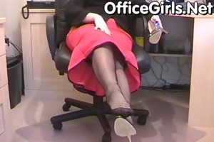 large milk cans d like to fuck secretary in nylons