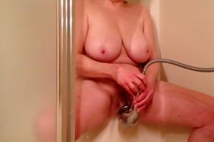 mamma masturbating with shower head