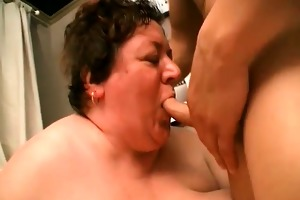 giant older granny getting face hole screwed