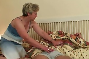 cock-hungry granny copulates her son-in-law