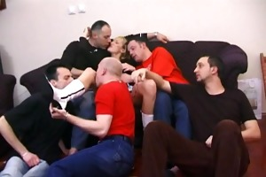 5 boys all over this amatuer d like to fuck - pt.