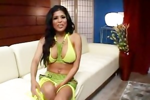 alexis amore latin wench