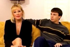 sexy blond mother i cougar lexxy foxx