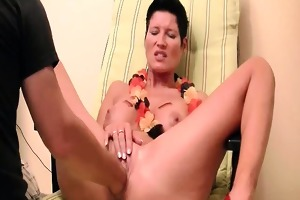 slutty dark brown milf tries anal fisting