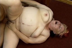 dirty bulky housewife having an orgasm