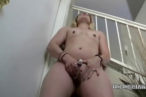 excited d like to fuck lisa is banging her