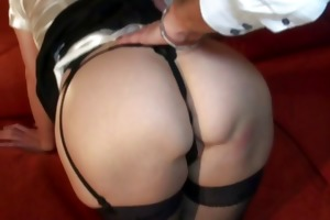 older french chick emilie wraps her lips around a